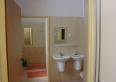 Schronisko Młodzieżowe - łazienki