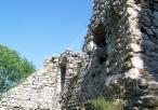 Ruiny zamku w Bydlinie - okiennice