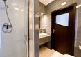 Duża łazienka w każdym z apartamentów