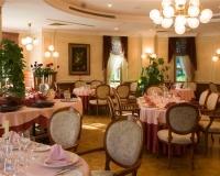 Restauracja-Winiarnia Pałac Czarny Las