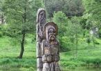 Figury drewniane nad przełomem Warty we Mstowie