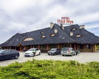Hotel** i Karczma Stary Młyn
