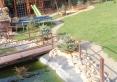 plac zabaw dla dzieci z trampoliną ogrodową