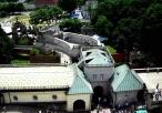 Bramy od strony południowej widziane z wieży. Kolejno od dołu zdjęcia: wałowa, Matki Boskiej Bolesnej, MB Królowej Polski, Lubomirskich