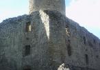 Lipowiec - zamek - widok z podzamcza